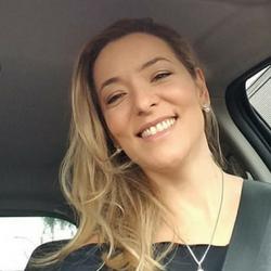 """<img src=""""https://casabonsai.com.br/wp-content/uploads/2018/09/avaliacao-positiva.png"""" class=""""estrelas"""">Giovana Capel"""